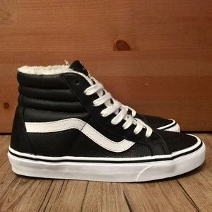 ♠️NEW♠️ VANS LEATHER SK8-HI